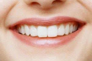 hudozhestvennaya-restavraciya-perednih-zubov
