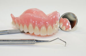 sposoby-protezirovaniya-zubov